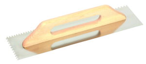 Zúbkované nerezové hladítko s drevenou rúčkou (Dĺžka 500mm, Hrúbka 8mm, Šírka 130mm)